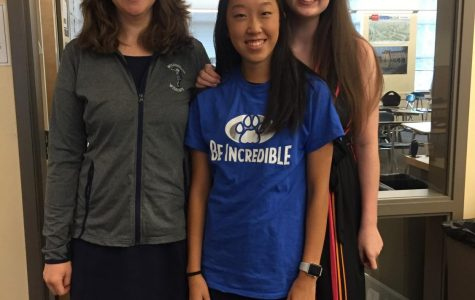 Link Crew leaders Kellie Yoshida and Abi Edwards pose with teacher Elizabeth Hamer, the Link Crew supervisor for Back to School Night.