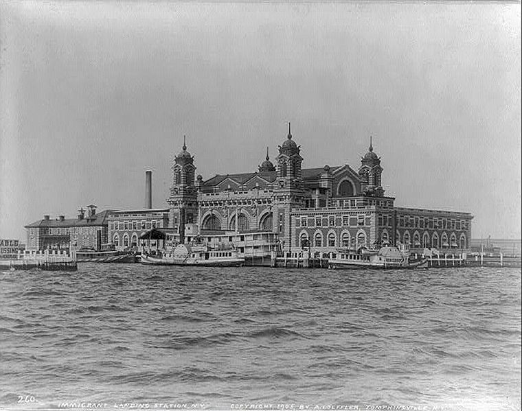Ellis Island in 1905, when America welcomed thousands of European immigrants