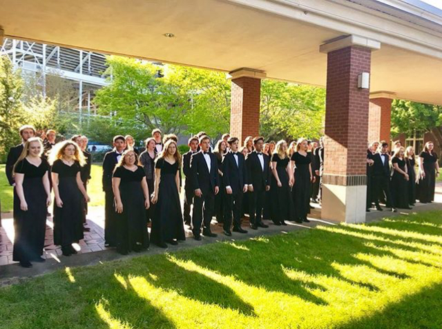 Symphonic+Choir+Competes+at+Choir+State