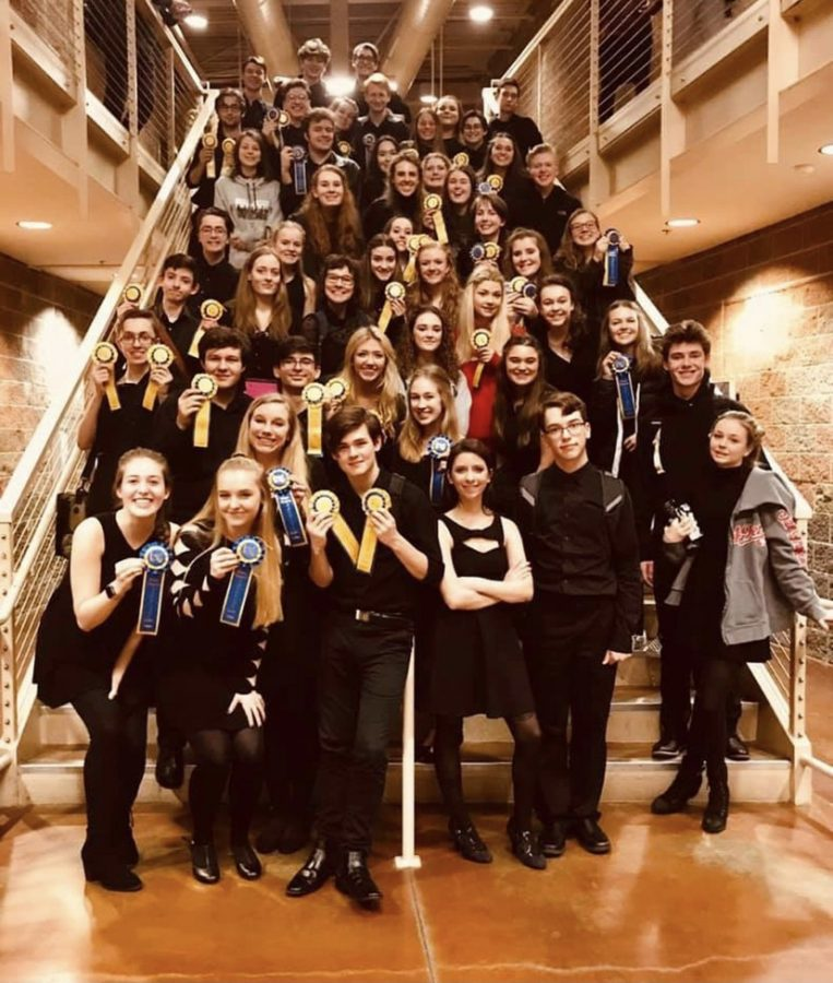 The+Wilsonville+High+School+Theater+Department+after+their+2020+regionals+competition.+Regionals+is+a+thespian+competition+held+in+the+month+of+February.+