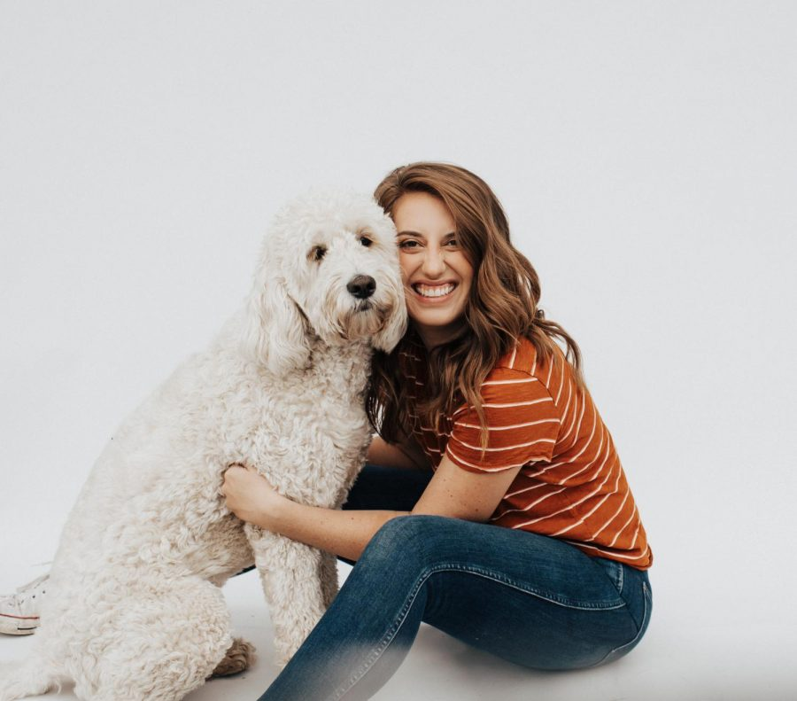 Haley+Graham+with+her+adorable+dog+Olive.