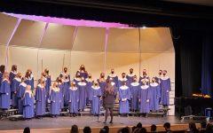 The Symphonic Choir preforming Ka Hia Manu.